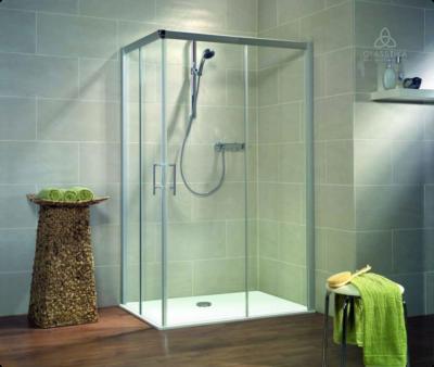 Стеклянное ограждение для ванной